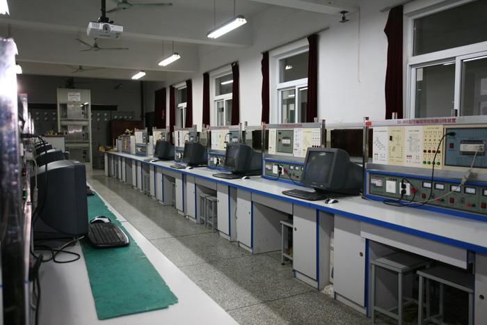 江苏省扬州技师学院装备篇