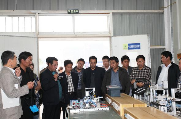 青海省海南州教育考察团来我院参观交流